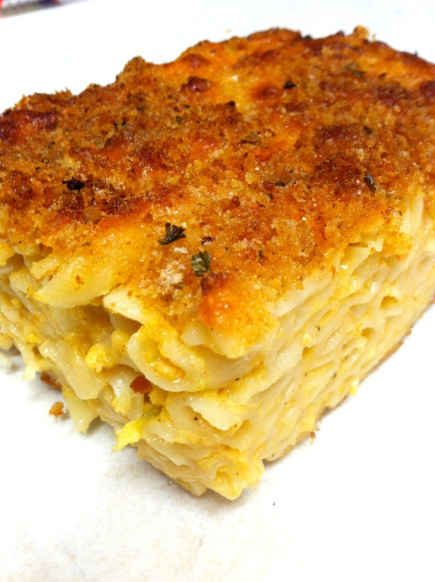 Thanksgiving Dinner Carribean Style - macaroni pie