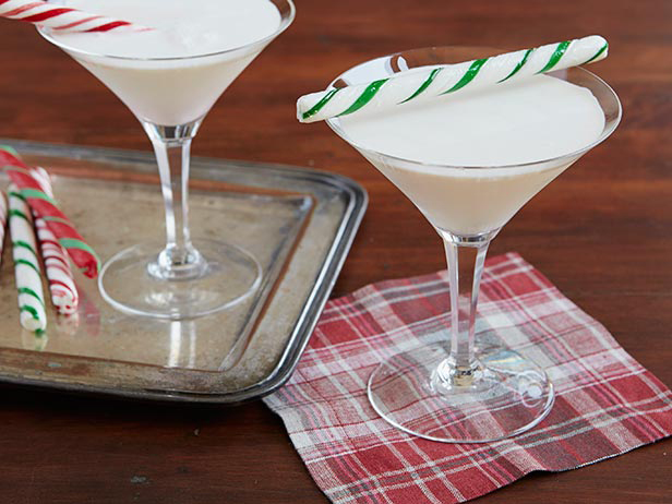 the candy cane cocktail