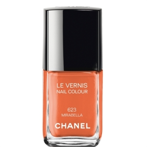 Chanel Le Vernis nail polish in mirabella