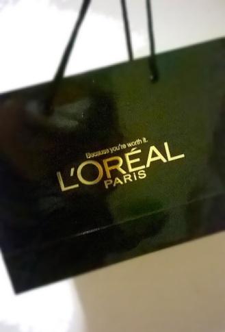 L'Oreal Paris Fashion Show & Concert Event - hair color gift bag